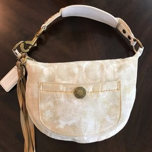 Coach Chelsea White Optic Small Shoulder Bag 10007